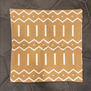 Other - 🍂4/20- 2 x mud cloth style cushion covers